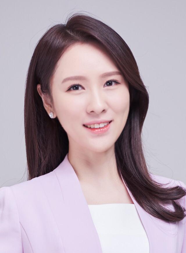 윤지혜 증명사진.png