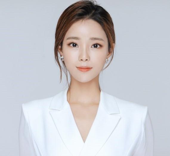 Soyoung Hwang.jpg