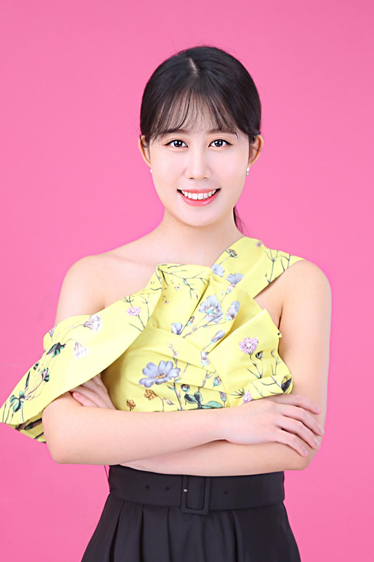 Yoonhyeri3.jpg